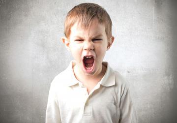 الاضطرابات السلوكية والانفعالية عند الطفل